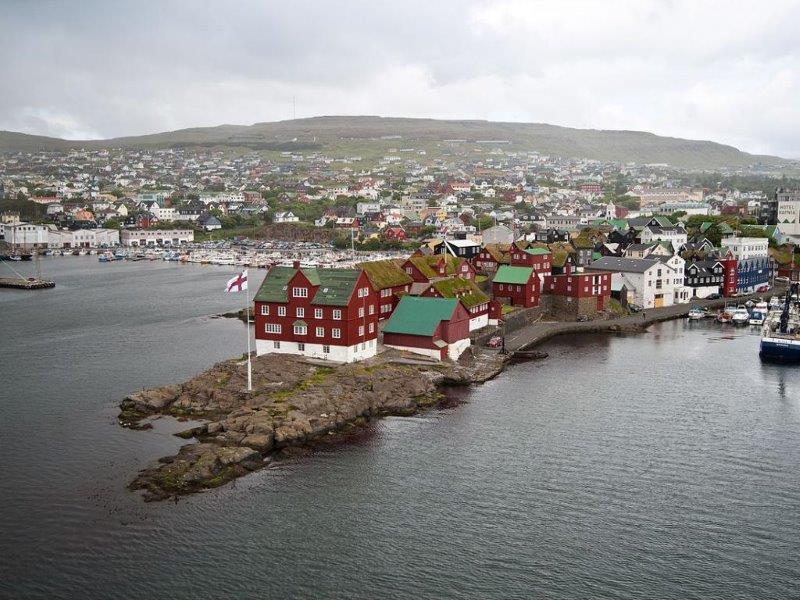 Градска обиколка на Торхавн (Tórshavn ) и Киркюбур (Kirkjubøur)