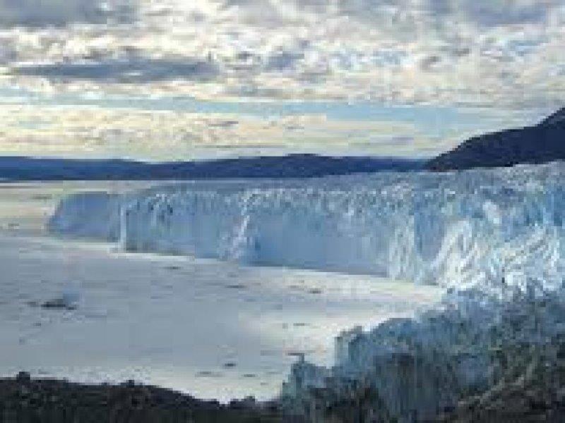 Тур до глетчера  Eqi и 1 нощувка в Glacier Lodge Eqi